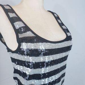 Old Navy sequin tank in navy and gray size Medium